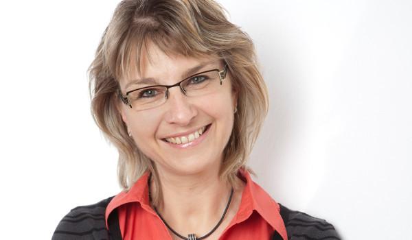 Kontaktieren Sie gerne unsere Kanzleisekretärin Anja Schimanski!