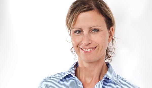 Unsere Bilanzbuchhalterin Nadine Rohde steht Ihnen gerne für Fragen bereit!