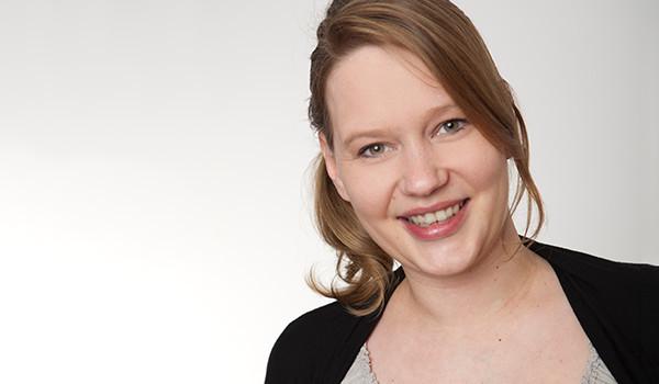 Kontaktieren Sie gerne Vivien Heyne in der Lohnbuchhaltung!