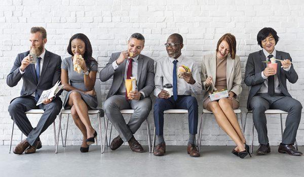 Unentgeltliche oder verbilligte Mahlzeiten der Arbeitnehmer sind als Arbeitsentgelt zu bewerten.