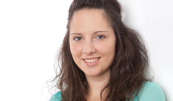 Gerne können Sie mit unserer Steuerfachangestellten Angelika Schneider Kontakt aufnehmen!