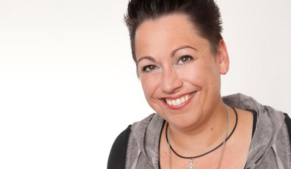 Unsere Steuerfachangestellte Désirée Pape-Schuck freut sich auf Sie!