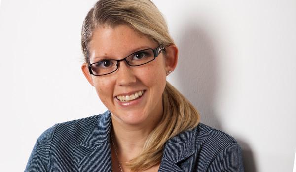 Kontaktieren Sie gerne in der Lohnbuchhaltung Julia Dörrie!