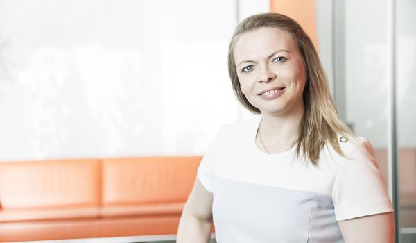 Nehmen Sie jetzt Kontakt auf mit Steuerberaterin Tanja Humburg - Alcontas