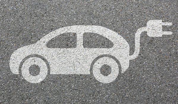 """Beitragsbild zum Artikel """"Elektromobilität im Straßenverkehr"""""""