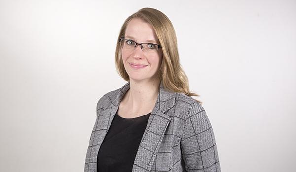 Nehmen Sie Kontakt auf zu Nancy Falkenberg - Alcontas Steuerberatung Hannover